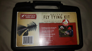 Fly tying kit and supplies