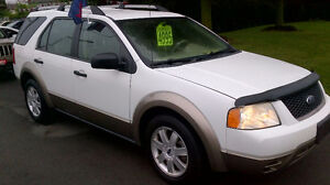2006 FORD FREESTYLE SE only $ 4995  / 6 SEATER