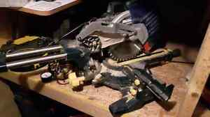 Mitre Saw, Radial arm Saw and Table saw Gatineau Ottawa / Gatineau Area image 1