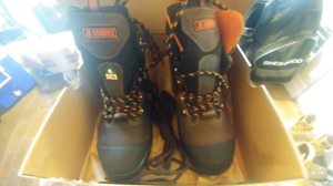VERY LIGHT SIZE 9 BRAND NEW JB GOODHUE SAFETY SHOES