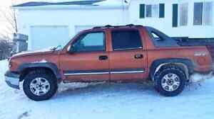 2004 Chevy Avalanche Z71 - trade for dependable truck