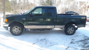 2004 f 150 Ford 4x4     3200.00