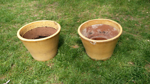 2 Clay plant pots ($7 for both)