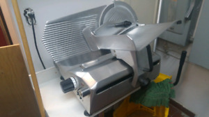 Very clean and fully fonctionnal slicer 12 inch blade
