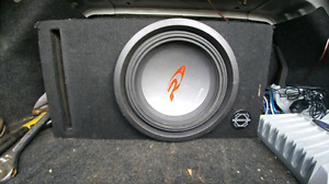 10inch Alpine type r 1500 watts max and 350 watt rockford amp