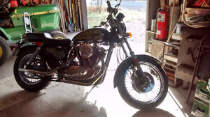Custom 1982 Harley Sportster, XLH1000 Low KMS!