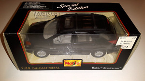 BUICK RENDEZVOUS 1/24 scale die cast collector car