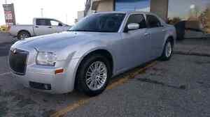 THIS WEEKEND ONLY CHRYSLER 300 FOR $4000 with 24s and stereo