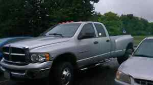 2004 Dodge ram 3500 dually cummins 5.9L diesel