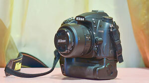 Nikon D7000 With Matching Nikon MB-D11 Grip