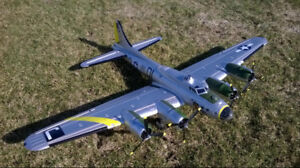 B-17 Bomber Rc Plane 1960mm Wing Span Like New