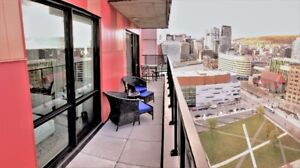NEW 4 1/2+  Penthouse Overlooking Mnt Royal & Panoramic Downtown