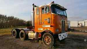 82 Peterbilt Cab Over