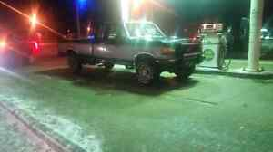 1991 ford f250 4x4 7.3 liter 5 speed Trans