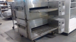 Pizza  Stor  Clozing  Equipment  For  Sale