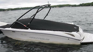Great Crossover boat Wakeboard/ ski /surf Peterborough Peterborough Area image 2