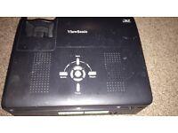 ViewSonic PJ551D Projector