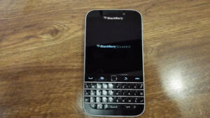 Mint Condition Blackberry Classic with Original Accessories
