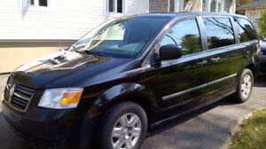 Dodge Grand Caravan 2010  4000 $ négociable