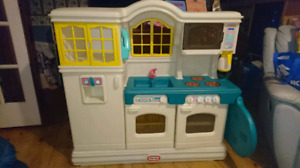 Little Tykes Country Kitchen