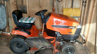 TRACTEUR-TONDEUSE - LAWN TRACTOR