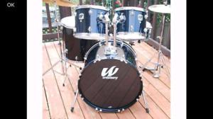 Drum batterie tout inclut avec 3 cymbales pedales stand baguets