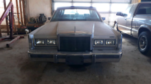1988 Lincoln Town Car For sale.