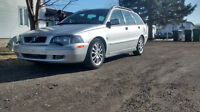 2004 Volvo V40 cuir Familiale