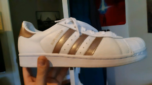 Adidas Superstar W size 8 womens