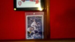 autograph cards and Montreal Canadiens puck autographed