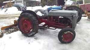 Tractor  8N