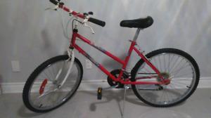 "Bicycle 24inch Wheels/ Vélo pour Garçon/ Wheel 24""/ In Good COND"