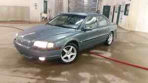 Mint Volvo S80 T6 Twin Turbo, fully loaded, 35 MPG, new tires