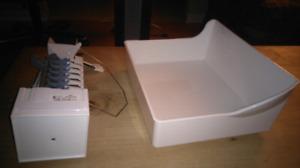 Ice cube maker / machine à glaçon glace. Neuf jamais utilisé