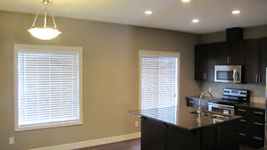 AMAZING NEW 3 BEDROOM TOWNHOUSE IN MAGRATH WITH 2-CAR GARAGE Edmonton Edmonton Area image 6