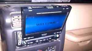 Panasonic flip screen cd/radio/auxiliary power