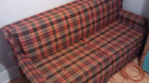 Vintage 70s Sofa-Bed – Comfortable and Cool