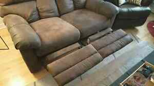 Brown Suede Reclining Love Seat  West Island Greater Montréal image 2