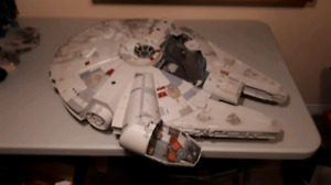 Star Wars 2008 Legacy Collection Millennium Falcon READ