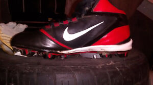 10.5 cleats