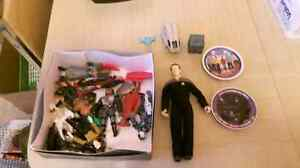 Star Trek / Star Wars movies and action figures