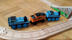 Thomas and friends wooden train set