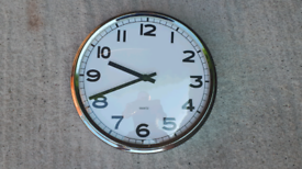 Large Wall Clock With Chrome Surround ##