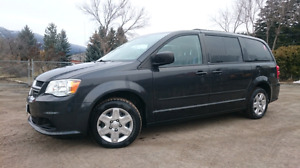 DODGE GRAND CARAVAN with LOW KMS