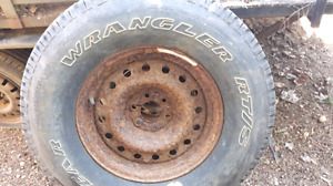 Good year  P265/70R16  truck tire