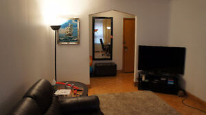 Bing 4 1/2 apartment for rent in Town Mont-Royal