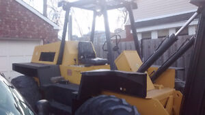 Great Condition Forklift- Load Lifter 4428-6D