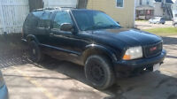 2000 GMC Jimmy SLS SUV, Crossover FOR PARTS OR REPAIR