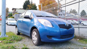 2007 Toyota Yaris Hatchback Manual CLEAN TITLE, WINTER TIRES!!!