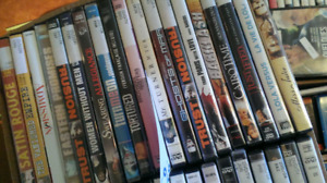 Lot of more than 300 dvds Hollywood American movies